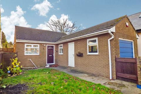 3 bedroom bungalow to rent - The Avenue, Stanley, Durham, DH9 8NX