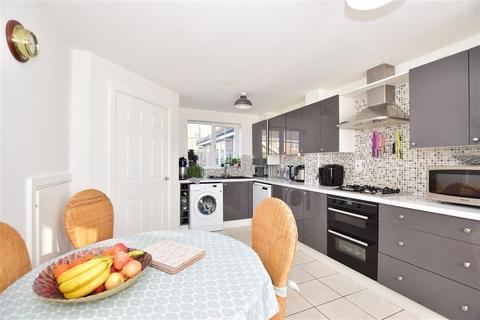 3 bedroom link detached house for sale - Charlock Drive, Minster On Sea, Sheerness, Kent