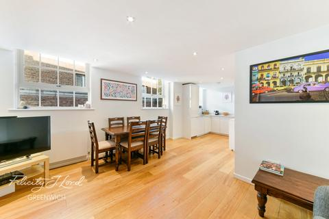 2 bedroom apartment for sale - Catherine Grove, Greenwich, London. SE10 8FS