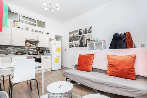 2 bedroom apartment to rent - Cornwall Crescent, Notting Hill