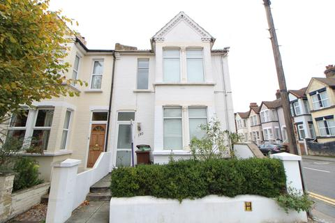 1 bedroom in a house share to rent - Rock Avenue, Gillingham, ME7