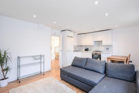 2 bedroom flat to rent - Church Road London SE19