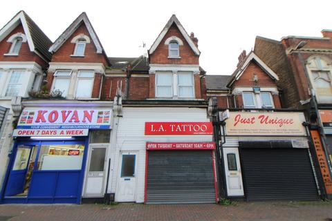 4 bedroom flat for sale - Luton Road, Chatham, ME4