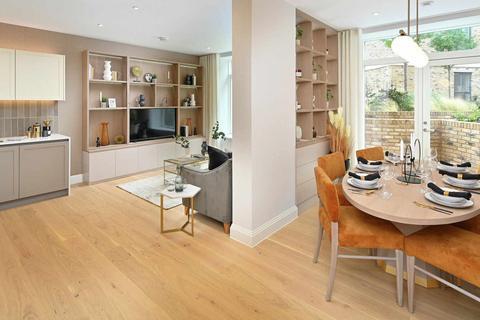 3 bedroom flat - London, W4