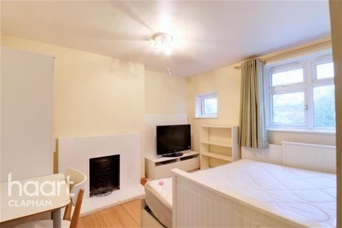 3 bedroom flat to rent - King's Avenue, SW4