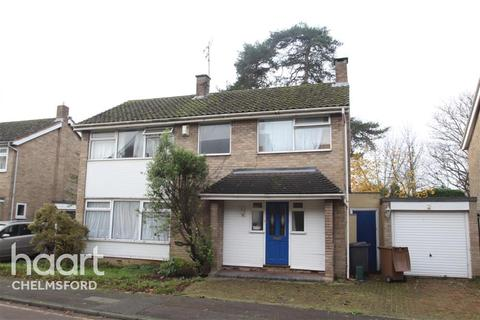 4 bedroom detached house to rent - Llewellyn Close, Chelmsford
