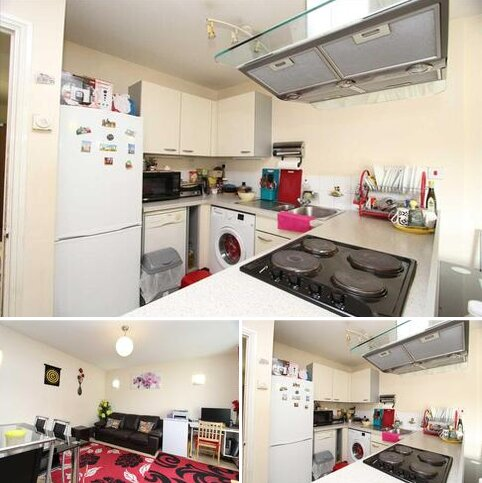 2 bedroom apartment to rent - City View, Centreway Apartments, Axon Place, Ilford