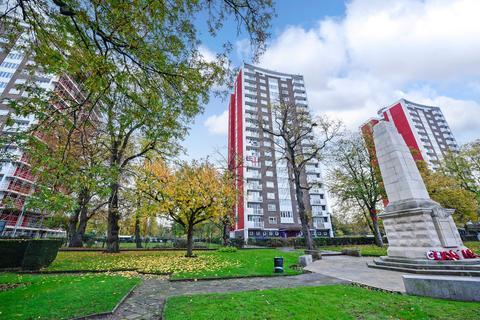 1 bedroom flat for sale - Bredgar, Lewisham Park, London, SE13