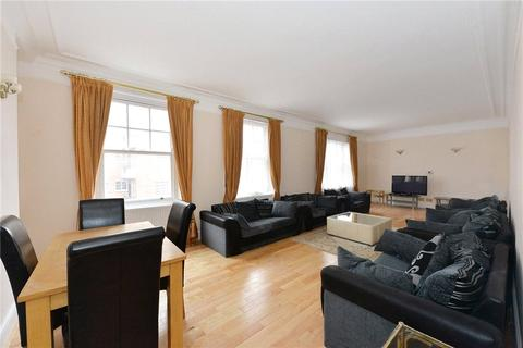 3 bedroom house to rent - Brown Street, London