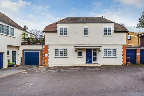 2 bedroom maisonette for sale - Hitchen Hatch Lane, Sevenoaks, TN13