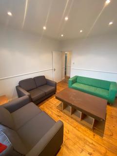 3 bedroom flat to rent - Norwood Road, London