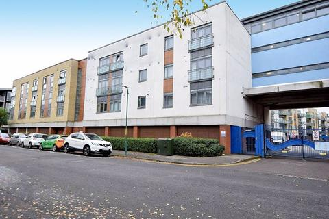 1 bedroom apartment to rent - Wallis Place , Hart Street, Maidstone