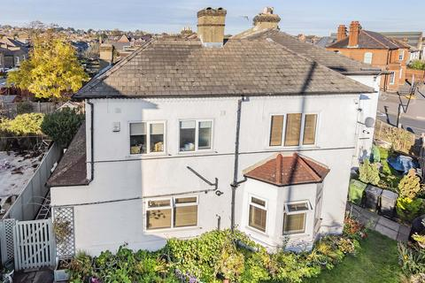 2 bedroom ground floor flat for sale - Rathfern Road, London, SE6 4NL