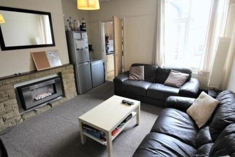5 bedroom house to rent - Simonside Terrace, Newcastle Upon Tyne, NE6