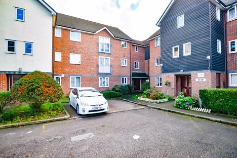 1 bedroom flat to rent - Mandeville Court, Chingford E4