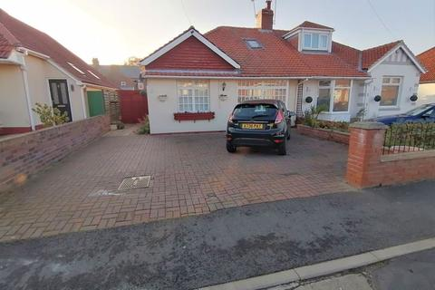 3 bedroom semi-detached bungalow for sale - Central Gardens, South Shields