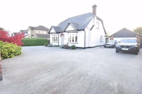 3 bedroom detached house for sale - Fourth Avenue, Stanford-le-hope, Essex