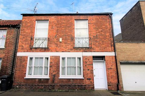 2 bedroom end of terrace house - Valingers Road, King's Lynn