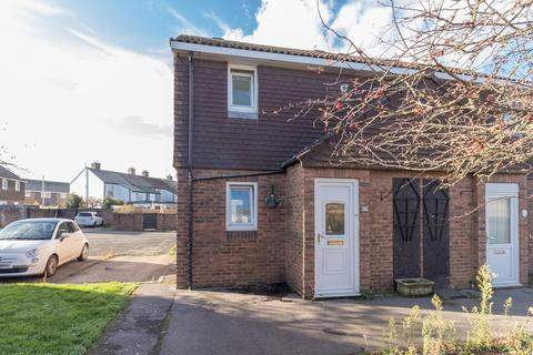 1 bedroom semi-detached house for sale - The Fairway, Deal
