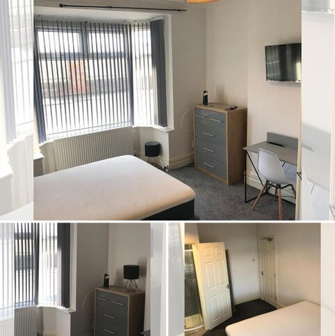 4 bedroom house share to rent - Clifton Road, Darlington