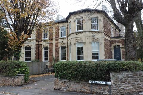 6 bedroom flat - Clifton, Oakfield Road