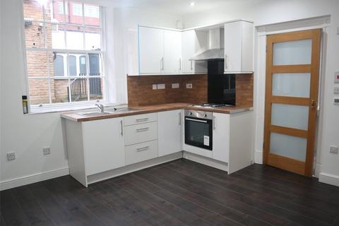 Studio to rent - Union Bank Yard, New Street, Huddersfield, HD1