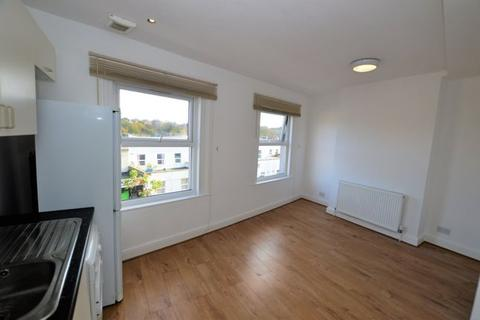 1 bedroom apartment - West Norwood, London, SE27 9NW SE27