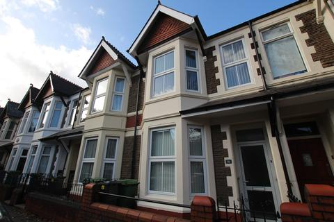 3 bedroom terraced house to rent - Canada Road, Heath, Cardiff