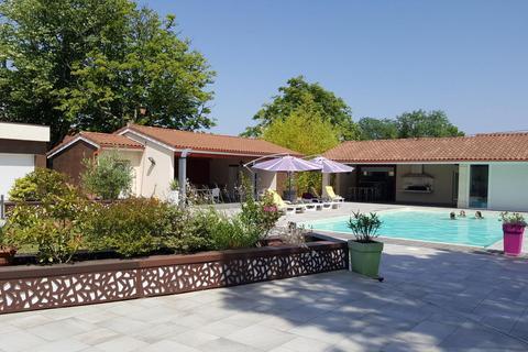 8 bedroom house - Occitanie, Le Lot, France