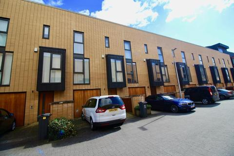 4 bedroom terraced house for sale - Francis Street, Cardiff, CF11 0JX