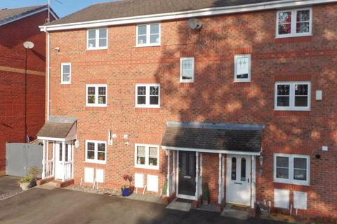 4 bedroom townhouse for sale - Mottram Drive, Nantwich, Cheshire