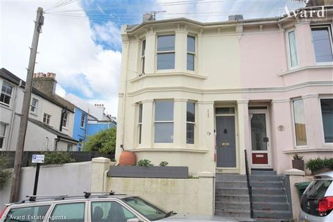 3 bedroom end of terrace house for sale - Ashdown Road, Brighton, East Sussex, BN2 3FS
