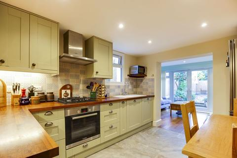 2 bedroom apartment for sale - Whittington Road, Wood Green, N22