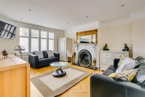 5 bedroom property to rent - Cavendish Road, Chiswick, London