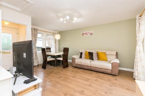 3 bedroom ground floor flat for sale - Redbraes Place, Broughton, Edinburgh, EH7