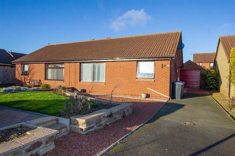 3 bedroom semi-detached bungalow for sale - Knivestone Court, Tweedmouth, Berwick-upon-Tweed, TD15