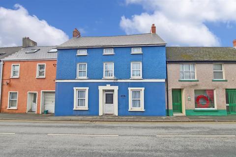 6 bedroom terraced house for sale - 88 Prendergast, Haverfordwest