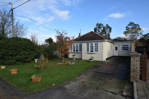 3 bedroom detached bungalow for sale - Mountview Crescent, St. Lawrence, Southminster, Essex, CM0
