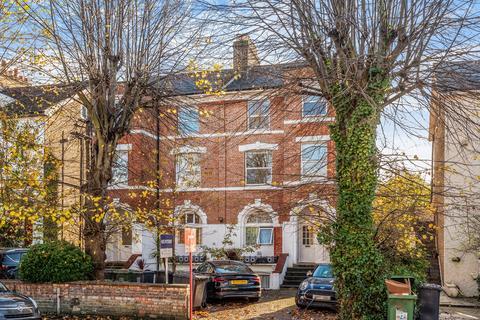 2 bedroom flat for sale - St. German's Road London SE23