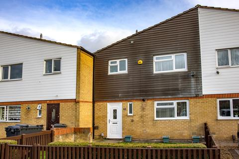 3 bedroom townhouse for sale - Heroes Walk, Reading