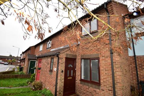 2 bedroom house for sale - Sywell Crescent, Portsmouth, PO3