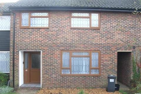 3 bedroom terraced house to rent - Whittaker Road, Slough, Berkshire. SL2 2LP