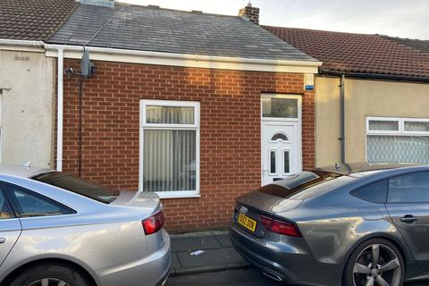 2 bedroom terraced house for sale - Westbury Street, Millfield, Sunderland, Tyne and Wear, SR4 6EF