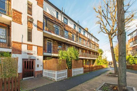 2 bedroom flat for sale - Weston Street, Borough