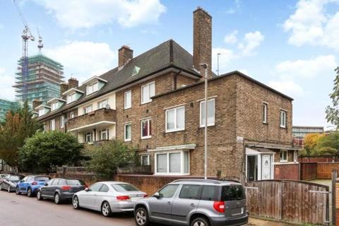 4 bedroom flat for sale - Hope Street, London, SW11