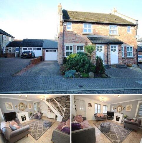 3 bedroom semi-detached house for sale - Harlebury, Backworth, Newcastle, NE27 0AR