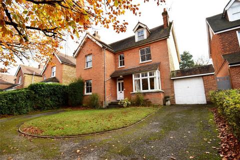 6 bedroom detached house for sale - 13 Westerham Road, Bessels Green, SEVENOAKS, Kent