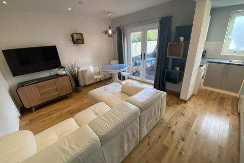 3 bedroom semi-detached house to rent - Salisbury Street, Beeston, NG9 2EQ
