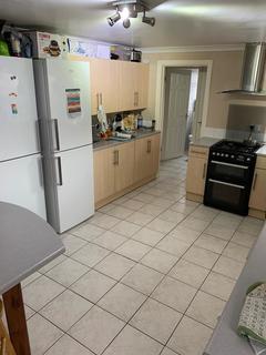 4 bedroom terraced house to rent - Park Crescent, Treforest, Pontypridd