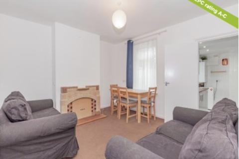 4 bedroom terraced house to rent - Percy Street, East Oxford, Oxford